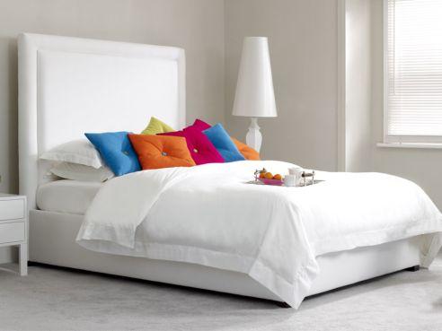 Lewis Emperor Bed